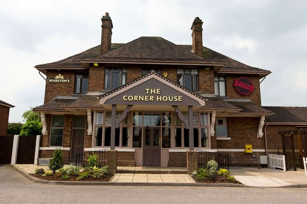 Home Corner House In Bedworth Pub And Restaurant Two