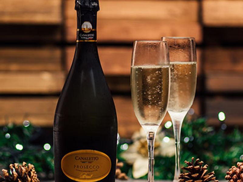 Enjoy our Prosecco Deal